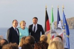 Merkel, Renzi y Hollande buscan poner en pie a la Unión Europea